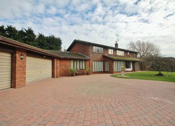 Thumbnail 4 bed detached house for sale in Moorland Road, Poulton-Le-Fylde