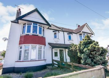 Thumbnail 2 bed flat for sale in Queens Avenue, Leigh-On-Sea