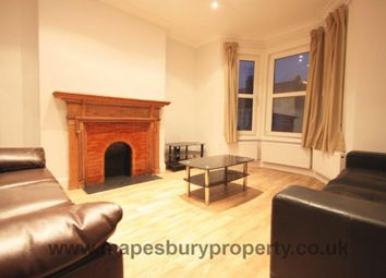 Huddlestone Road, Willesden Green NW2. 3 bed flat