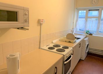 1 bed barn conversion to rent in Munster Road, London SW6