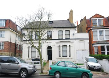 Thumbnail 1 bed flat to rent in Muswell Avenue, Muswell Hill