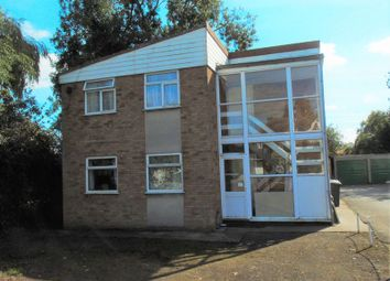 Thumbnail 2 bedroom flat to rent in Station Road, Lower Stondon, Henlow