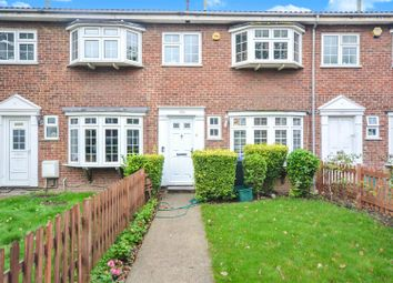 3 bed property to rent in Grand Drive, London SW20