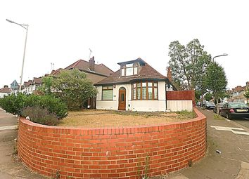 Thumbnail 3 bed bungalow to rent in South Park Drive, Ilford