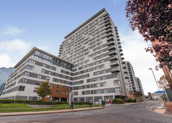 Thumbnail Flat for sale in Alencon Link, Basingstoke