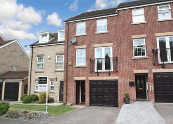 Thumbnail 4 bed town house for sale in Barleyfields Close, Ackworth, Pontefract