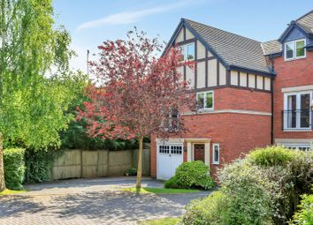 Thumbnail 3 bed town house for sale in Oliver Close, Syston