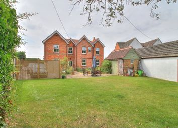Thumbnail 5 bed detached house for sale in Silchester Road, Bramley, Tadley