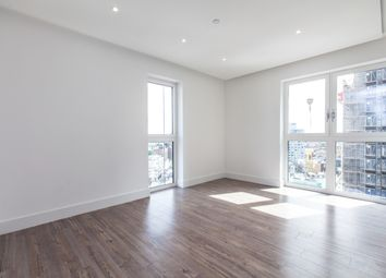 Thumbnail 3 bed flat to rent in Aldgate Place, Wiverton Tower, Aldgate
