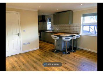 Thumbnail 2 bed flat to rent in Kingsoak House, Woking