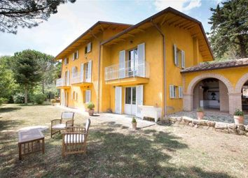 Thumbnail 4 bed country house for sale in Villa Uliveto, Citta di Castello, Umbria, Italy