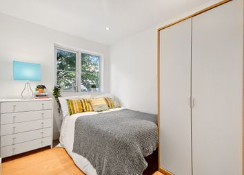 Thumbnail 4 bed shared accommodation to rent in Queenstown Road, London