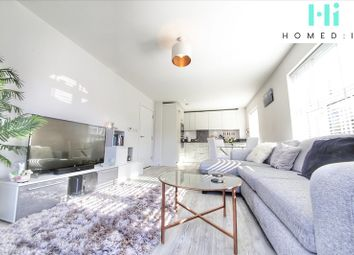 Arundale Walk, Horsham RH12. 1 bed flat for sale