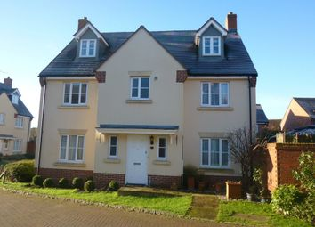 Thumbnail 6 bed town house to rent in Gloucester Avenue, Shinfield, Reading