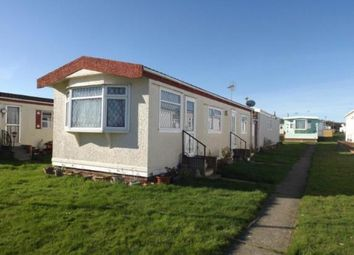 Thumbnail 2 bedroom mobile/park home for sale in St. Osyth Road, Little Clacton, Clacton-On-Sea