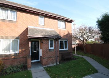 Thumbnail 3 bed property to rent in Curlew, Aylesbury
