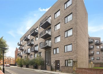 Barnard House, 10A Shacklewell Road, London N16. 2 bed flat for sale