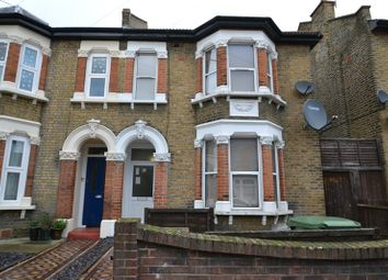 Thumbnail Studio to rent in Clova Road, London