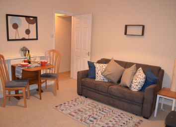 Thumbnail 1 bed flat to rent in North Street, Swindon