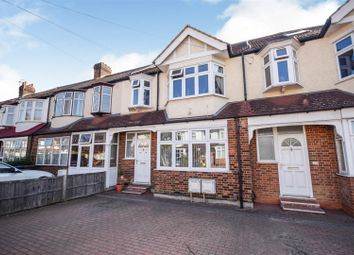 2 bed flat for sale in Meadway, London SW20