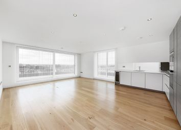 Thumbnail 3 bed flat to rent in Glenthorne Road, Hammersmith