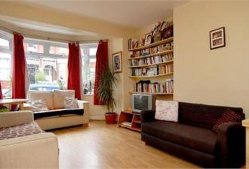 Thumbnail 1 bed flat to rent in Drylands Road, London