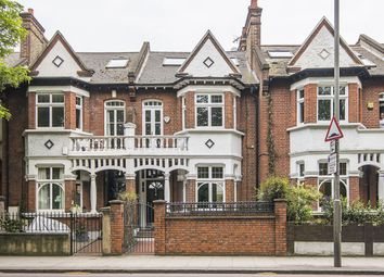 Thumbnail 5 bed terraced house to rent in Clapham Common West Side, London