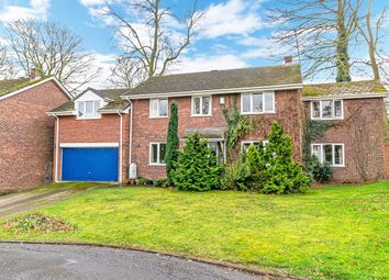 Thumbnail 5 bed detached house for sale in Newlands Close, Frodsham