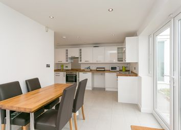 Thumbnail 4 bed property to rent in Walkerscroft Mead, London