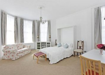 Thumbnail Property to rent in Warwick Way, London