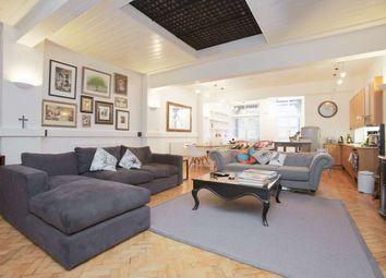 Thumbnail 1 bedroom flat to rent in Cross Street, London