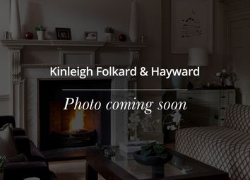 Thumbnail 3 bed flat to rent in Hyde Park Gardens, London
