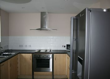 Thumbnail 4 bedroom shared accommodation to rent in Sculcoates Lane, Hull