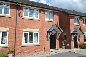 Thumbnail 2 bed property to rent in Rotherhead Drive, Macclesfield, Cheshire