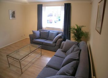Thumbnail 2 bedroom flat to rent in Crosslet Vale, London