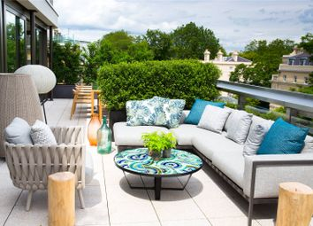 Thumbnail 5 bed flat for sale in Vicarage Gate House, Vicarage Gate, London