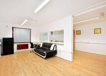 Thumbnail Property to rent in Skylines Village, Limeharbour, London