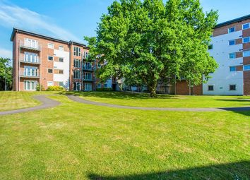 Knightsbridge Court, Observer Drive, Watford, Hertfordshire WD18. 2 bed flat