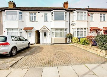 Thumbnail 2 bed property for sale in Connaught Avenue, Enfield