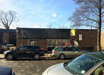 Warehouse to let in Latimer Road, London W10