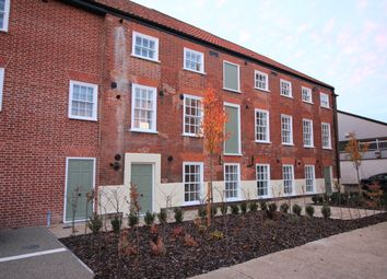 3 bed flat to rent in Mountergate, Norwich NR1