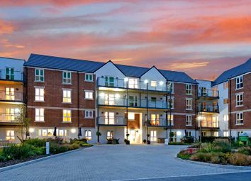 Thumbnail 1 bed flat for sale in Reading Road, Henley-On-Thames