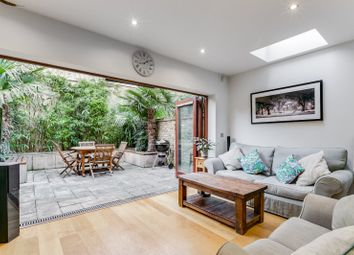 2 bed maisonette for sale in Altenburg Gardens, Battersea, London SW11
