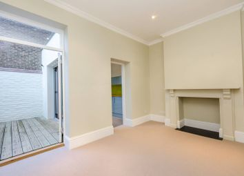 Thumbnail 1 bed flat to rent in Lots Road, Chelsea