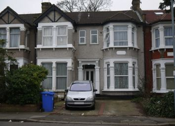 Thumbnail 1 bed flat to rent in De Vere Gardens, Ilford