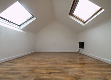 Thumbnail 2 bed flat to rent in Foxhall Road, Nottingham