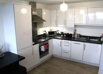 Thumbnail 1 bedroom flat to rent in Ealing Road, Brentford