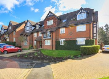 Thumbnail 3 bed flat for sale in Hitherfield Lane, Harpenden