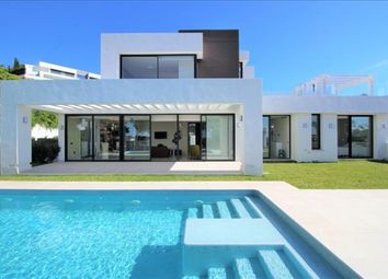 Thumbnail 6 bed detached house for sale in Capanes Sur, Benahavis, Malaga, Spain