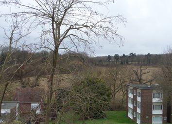 Thumbnail 2 bedroom maisonette to rent in Hillside, Hoddesdon